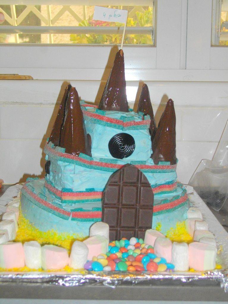 IMGP2882 - עוגת יומולדת בצורת ארמון