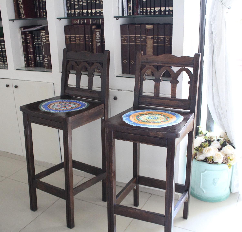 IMG 4929 - שיפוץ כסאות בר ישנים