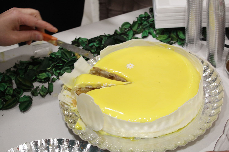 IMG 4652 - עוגת שכבות אננס ושוקולד לבן