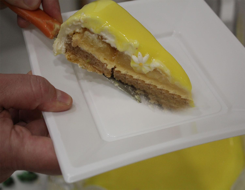 IMG 4654 - עוגת שכבות אננס ושוקולד לבן
