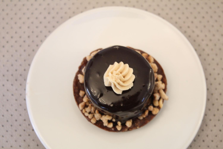 IMG 5323 - מוס שוקולד על בסיס קראנצ פרלין