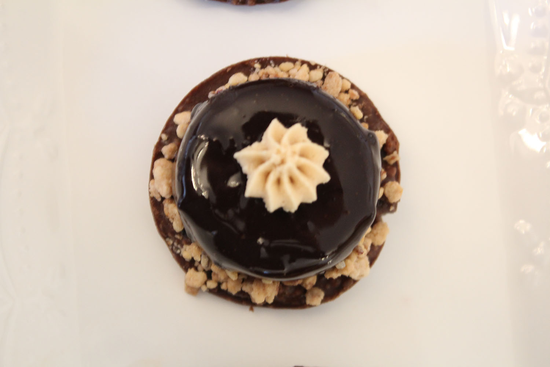 IMG 5338 - מוס שוקולד על בסיס קראנצ פרלין