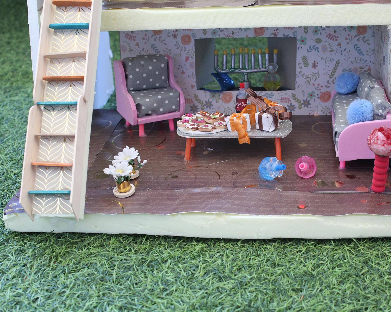 IMG 5993 - מיניאטורה: ערב לביבות בסלון