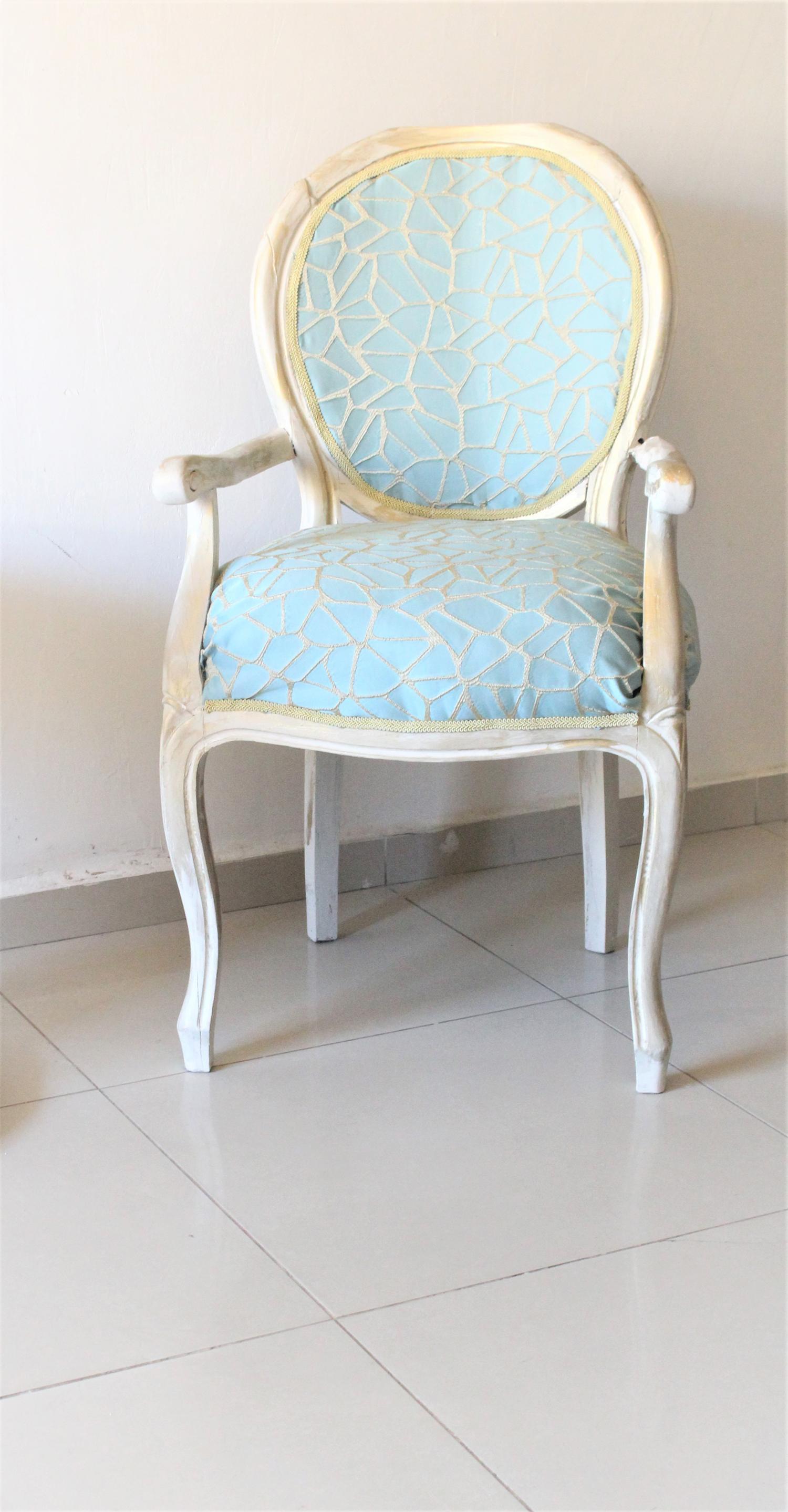 IMG 7414 - חידוש מחודש של שני כסאות