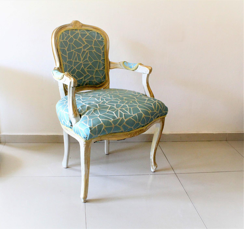 IMG 7458 - חידוש מחודש של שני כסאות