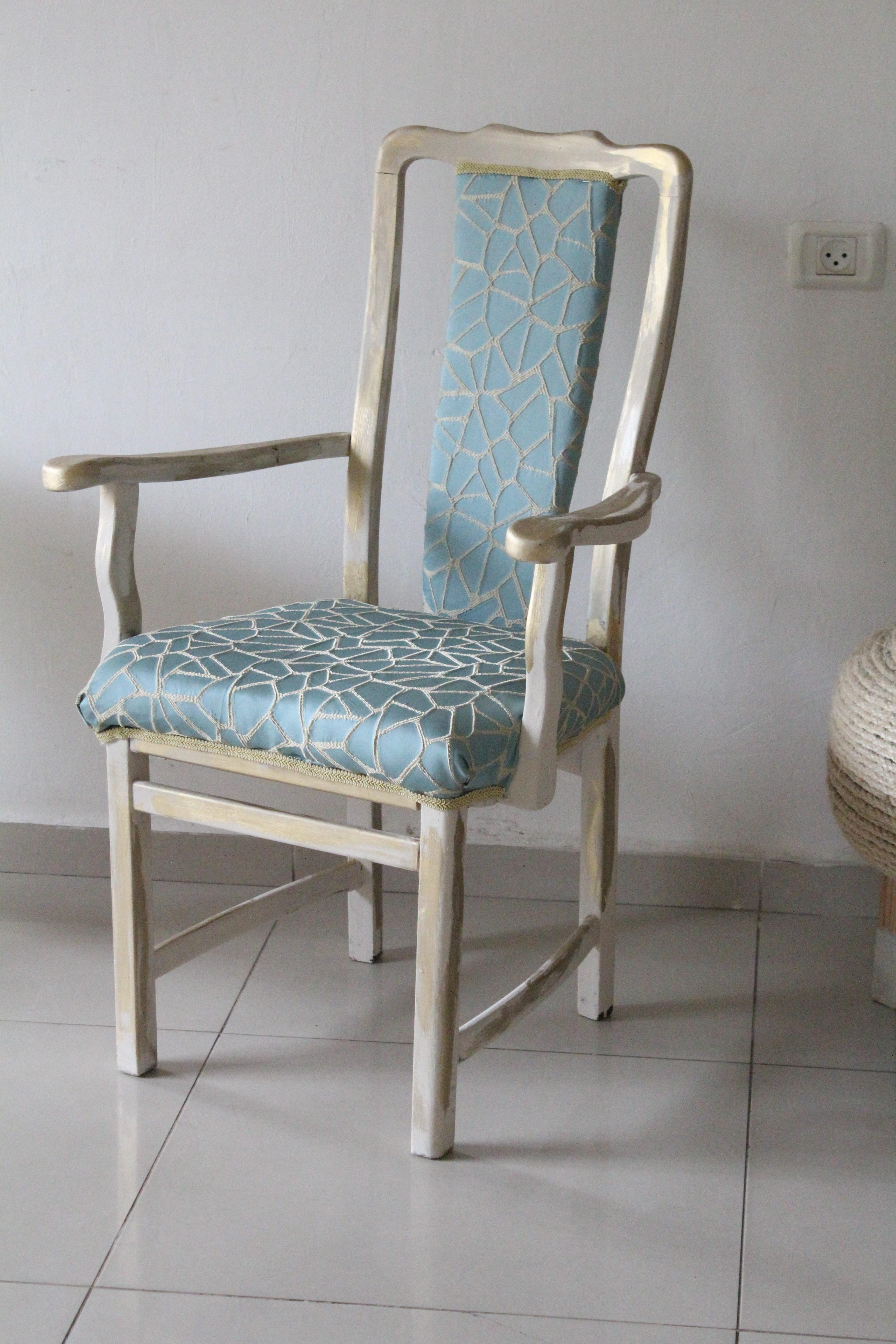 IMG 7665 e1558297685369 - חידוש כסא לסט הסלוני
