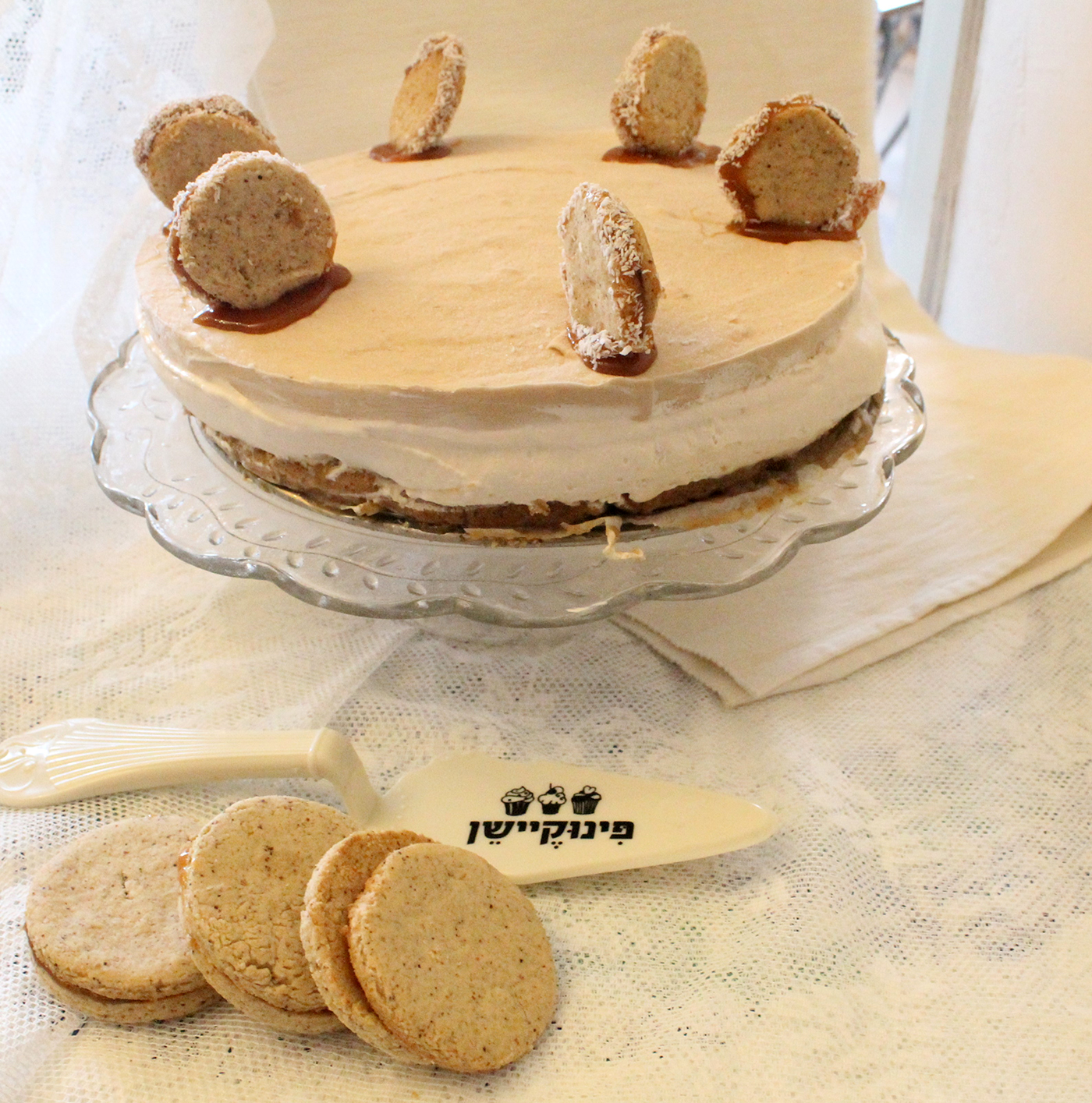 IMG 7773 - עוגת מוס על בסיס אלפחורס