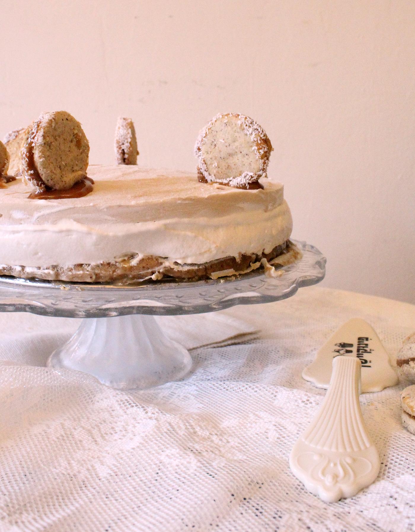 IMG 7778 - עוגת מוס על בסיס אלפחורס