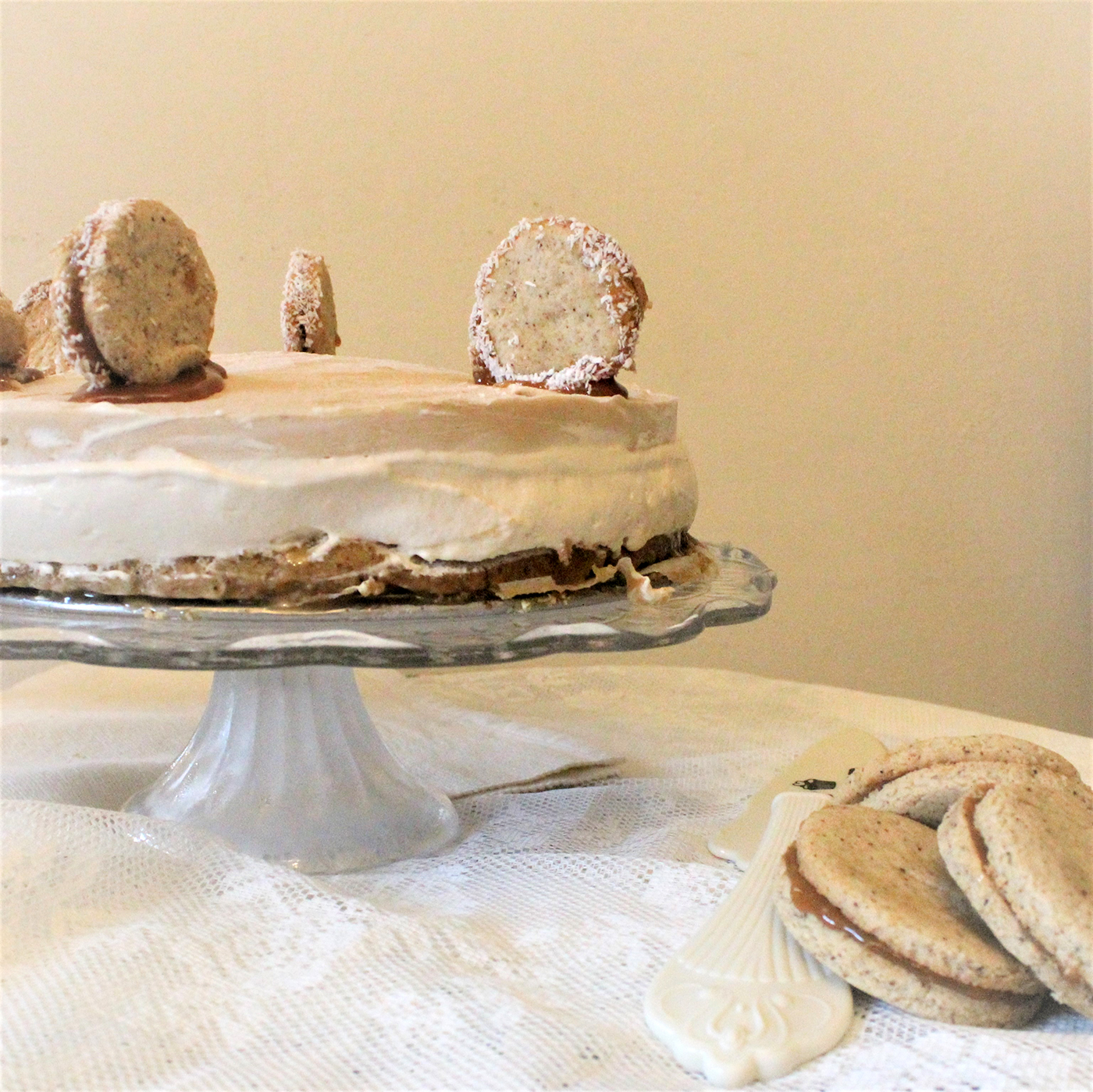 IMG 7780 - עוגת מוס על בסיס אלפחורס