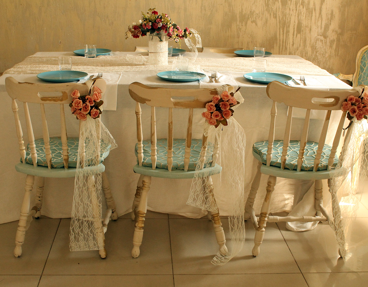 IMG 8141 - חידוש כסאות לפינת אוכל בסלון