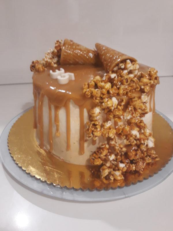 20190806 194702 600x800 - עוגת פופקורן נשפך