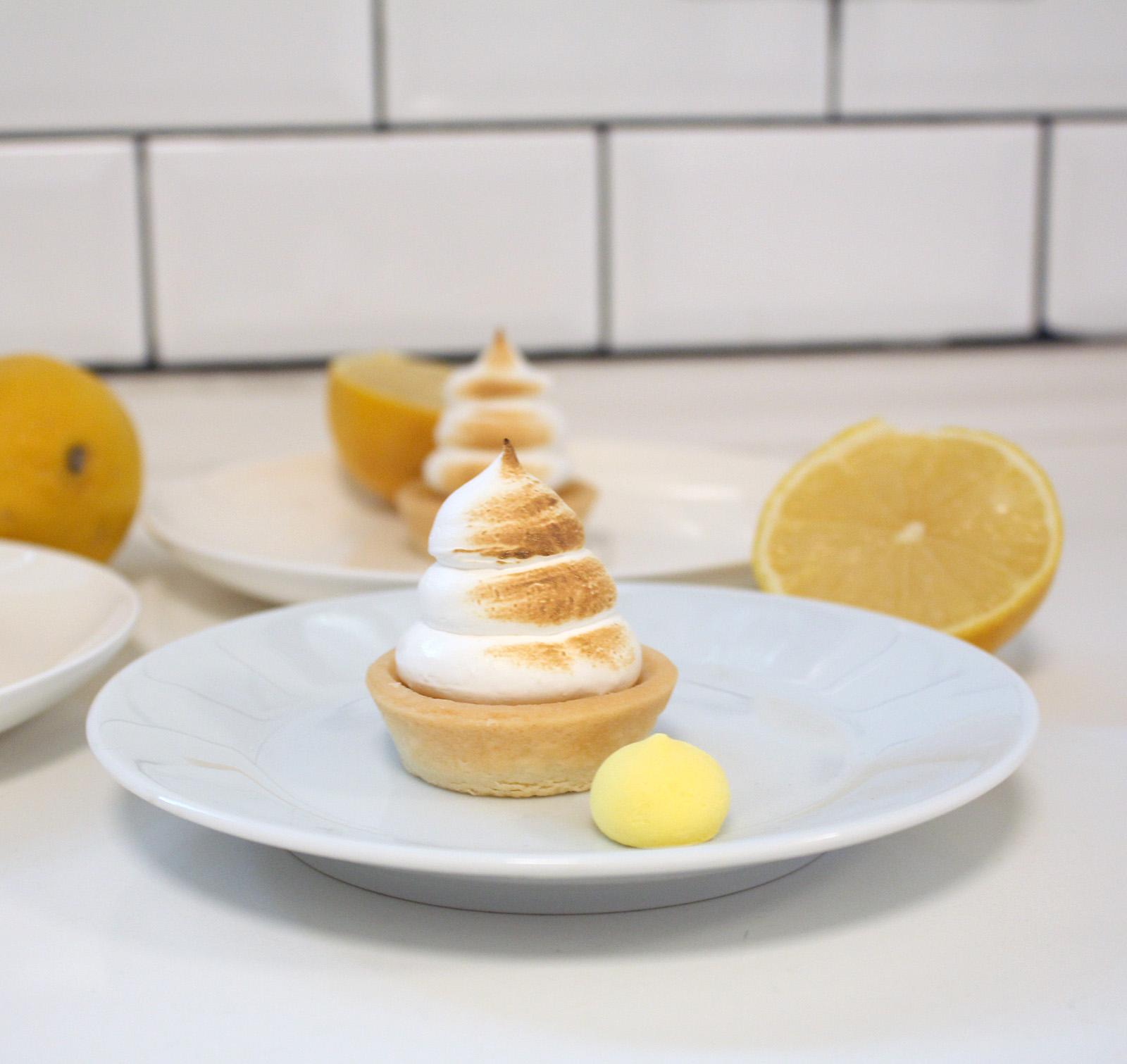 IMG 1492 1 - טרטלת לימון עם מרנג צרוב