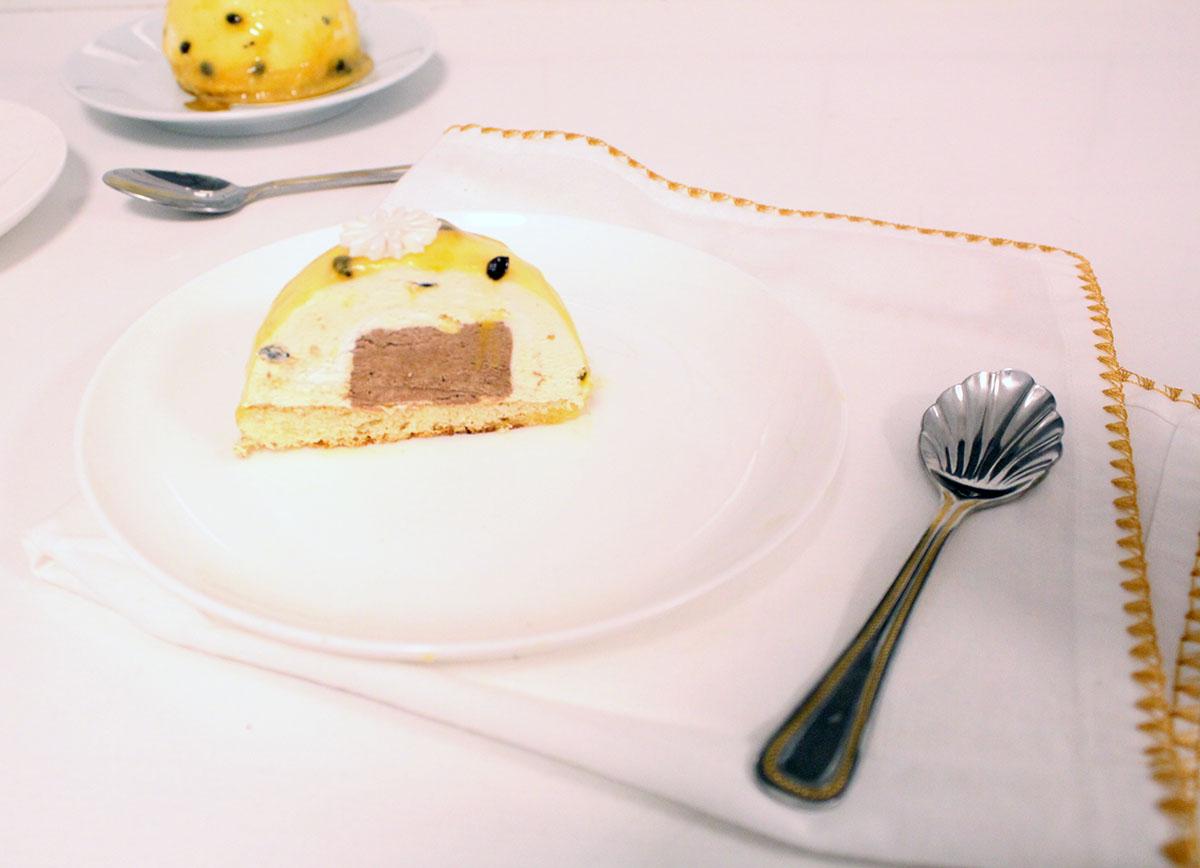 IMG 1851 - קינוח :מוס פסיפלורה ושוקולד