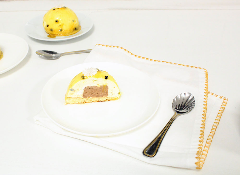 IMG 1854 - קינוח :מוס פסיפלורה ושוקולד